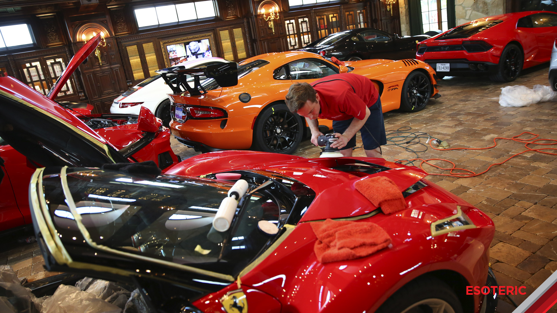 esoteric-paint-correction-2-laferrari