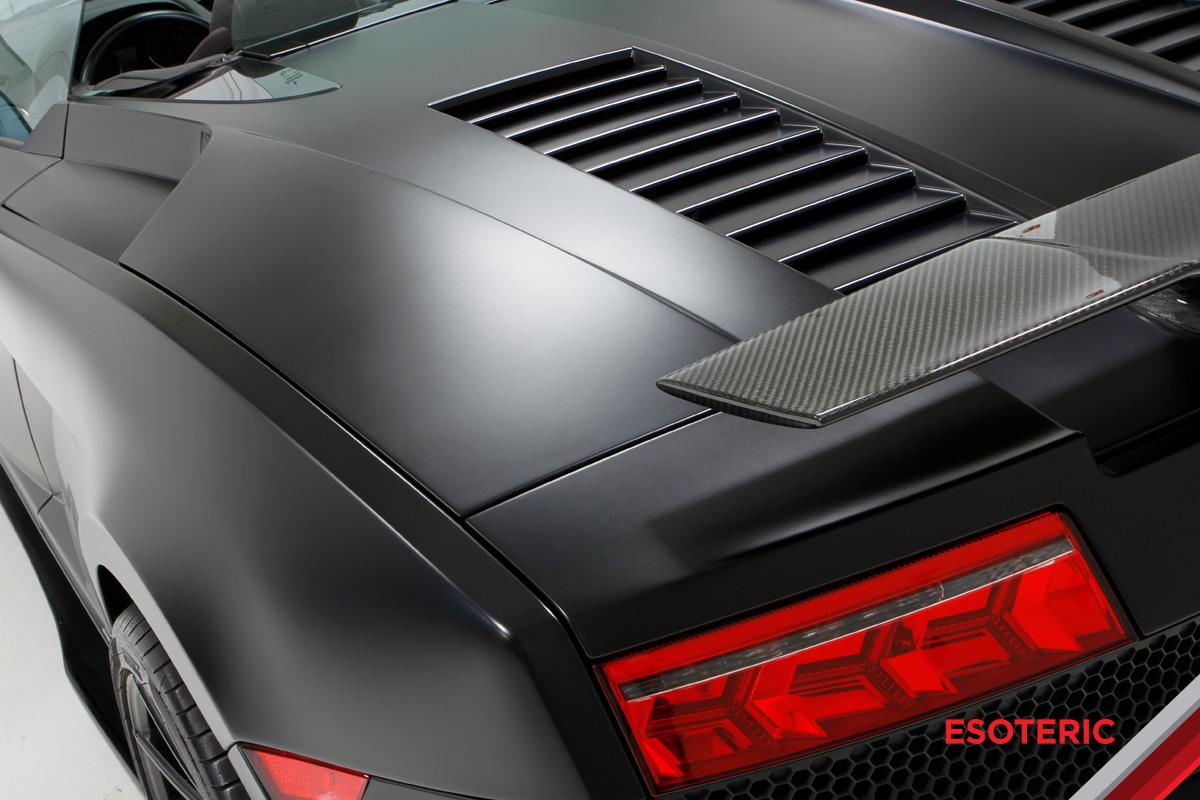 ESOTERIC Matte Lamborghini Detailing