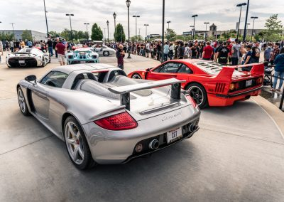 Porsche 918 and Ferrari F40