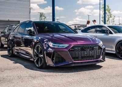 Purple Audi RS6 Avant